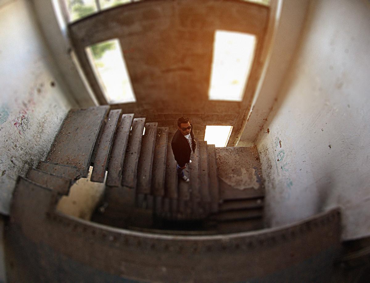 «Одиночество-2012» Арт-проект по задумке героя, пригород Праги