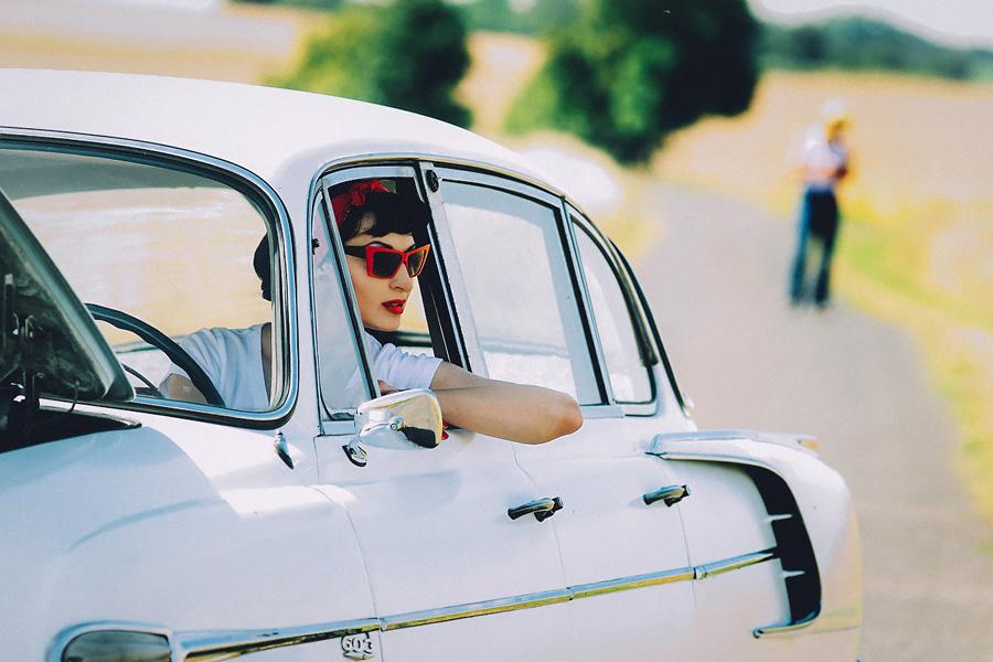 «Пин-ап всегда в моде!» Постановочная фотосессия с выездом за Прагу