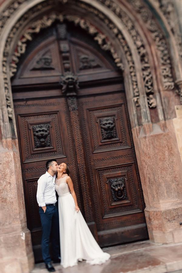 «Когда невозможно сдержать улыбки» Свадебная прогулка по Праге